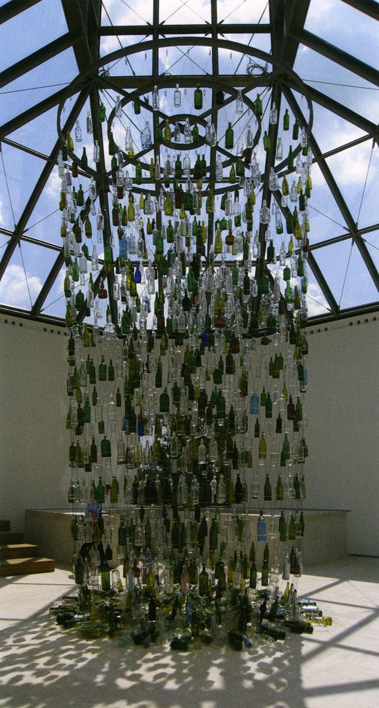 Bottle Messenger, Nari Ward, 2006